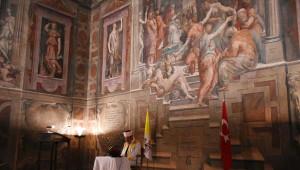 Vatikan'a Ait Sarayda Kur'an ve Ezan Okundu, İftar Yapıldı