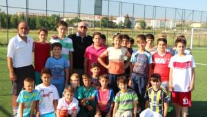 Pınarhisar'da Yaz Futbol Okulu