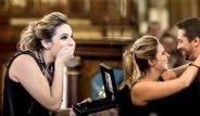 Düğün fotoğrafçısı Genç Kıza Yaratıcı Evlenme Teklifi