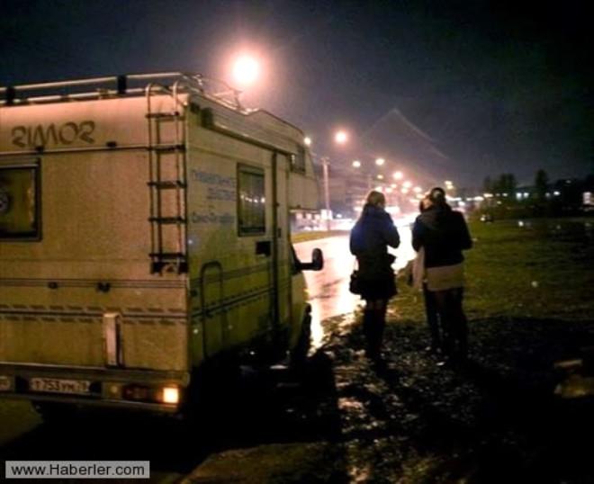 Kiev'in Arka Sokakları Tehlike Saçıyor