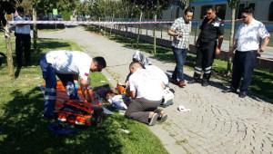 Zeytinburnu'nda Tramvay Durağı Yanında Cinayet (1)