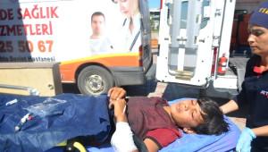 Koluna Demir Saplanan Çocuk Yaralandı