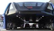Çin'de Geleceğin Otobüsü Test Sürüşüne Çıktı