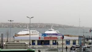 Kabataş Vapur İskeleleri Deniz Trafiğine Kapatıldı
