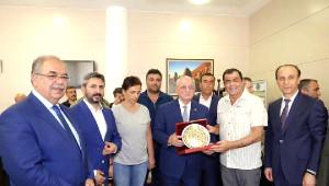Nusaybin Gazisi Binbaşı Tetik, Çiçeklerle Karşılandı