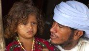 Ürkünç Gelenek! Çöl Çingeneleri Küçük Çocukları Nişanlıyor