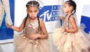 Beyonce'un Kızı 33 Bin Liralık Elbisesiyle Olay Oldu
