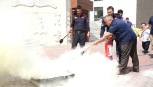 Melikgazi Belediyesi Çalışanlarına Sivil Savunma Eğitimi Verildi