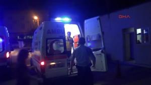 Makedon Tur Otobüsü, Tır'a Çarptı 1 Ölü, 38 Yaralı