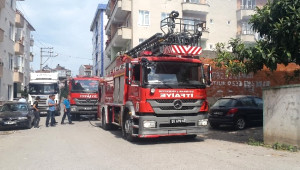 Bafra'da Metruk Binada Yangın