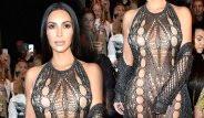 Kim Kardashian Neredeyse Çırılçıplak Podyumda!