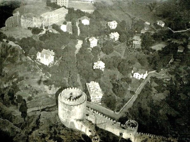 Zeplinden çekilen fotoğraf (~1919. Rumeli Hisarı)