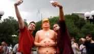 Çıplak Trump Heykelleri ABD'nin Dört Bir Yanında