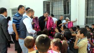 İzmir Esnafından Nusaybinli Öğrencilere Yardım