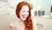 Evdeki Yöntemlerle Diş Beyazlatmak Çok Basit!