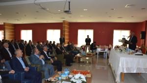 Niksar'da Jeotermal Su Kaynaklı Jeotermal Seracılık Toplantısı Yapıldı