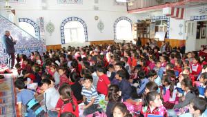 Muradiye'de Öğrencilere Camiler Tanıtıldı