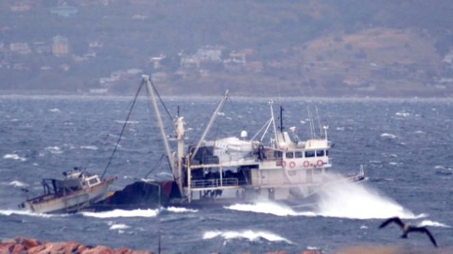 Bandırma'da Fırtına Denizcilere Zor Anlar Yaşattı