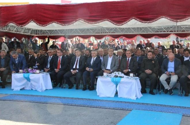 Karaman'da 1. Tarım Hayvancılık ve Gıda Fuarı Törenle Açıldı