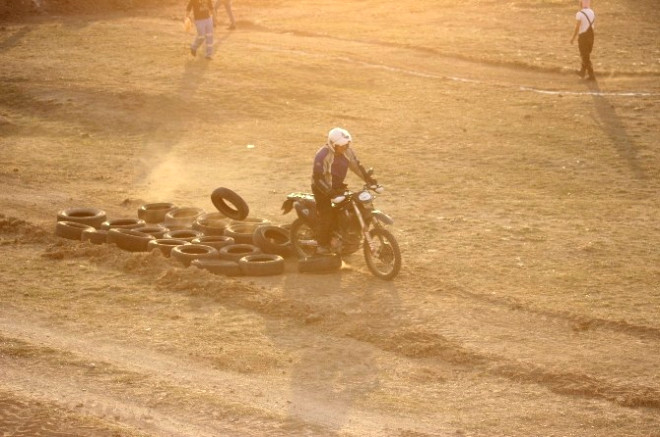 Motosiklet Tutkunları Pist Alanına Kavuştu