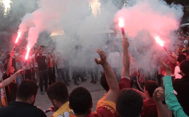 Adana'da Galatasaray İzdihamı