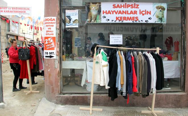 Sinop'ta Sokak Hayvanları İçin Kermes