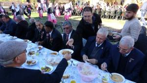 Cumhuriyet Bayramı'nı 93 Yıldır Köyde Kurban Keserek Kutluyorlar