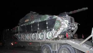 Tank ve Zırhlı Araç Konvoyu Kızıltepe'ye, İş Makineleri İse Silopi'ye Ulaştı (2)