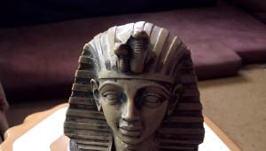 Suriyeliler, Tutankhamun'un Totemi ile Yakalandı
