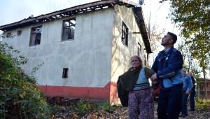 70 Yaşındaki Kadının Evi Kül Oldu