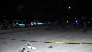 Otomobille Çarpışan Motosikletteki Çift Öldü