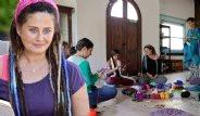Ünlü oyuncu Esra Akkaya'nın Yeni İşi: Masal Okuma