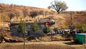 Silvan'da Şehit Olan Korucusu Bekler'e Uğurlama Töreni (2)