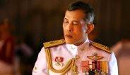 Tayland'ın Dövmeli Kralı Tahta Çıktı, Bir Kişi Hakaretten Tutuklandı