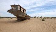 Dünyanın En Büyüklerindendi! Aral Gölü 32 Senede Çöle Dönüştü
