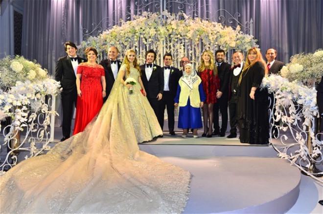 Ağaoğlu'nun Biricik Kızının, Görkemli Düğününden 65 Kare