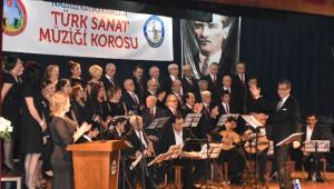 Yusuf Nalkesen ve Egeli Bestekarlar Konseri Büyüledi