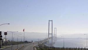 Osmangazi Köprüsü ve Feribotta Fiyat Düşüşü Sürücüleri Sevindirdi