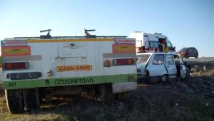 Çekiciden Ayrılan Dorse Otomobile Çarptı: 2 Yaralı