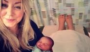 Doğumunu Facebook'tan 200 Bin Kişi Canlı İzledi