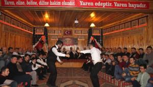 Tosya'da Yaren Ocağını Avukat ve İş Adamları Yaktı