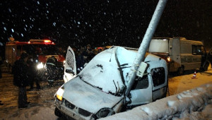 Karabük'te Trafik Kazası: 2 Ölü, 1 Yaralı