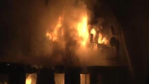 Üsküdar'da Bina Yangını