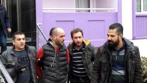 Otomobil Çalan Cezaevi Firarisi Apartmanın Çatısında Yakalandı