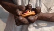 Hindistan'da Yaşayan Cüzzam Hastalarından Yürek Burkan 18 Kare