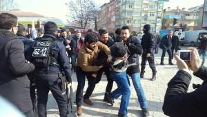 İzinsiz Eylem Yapan Kesk'liler Gözaltına Alındı