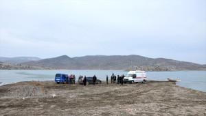 Buz Tutan Baraj Gölünde Balık Tutarken Boğuldu