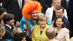 Almanya'nın yeni Cumhurbaşkanı Seçimine Eşcinsel Yıldız, Damga Vurdu