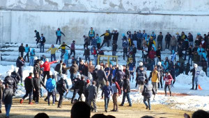 Yozgat'ta Amatör Maçın Ardından Saha Karıştı