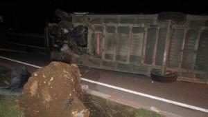 Sandıklı'da Kargo Minibüsü Devrildi: 1 Yaralı